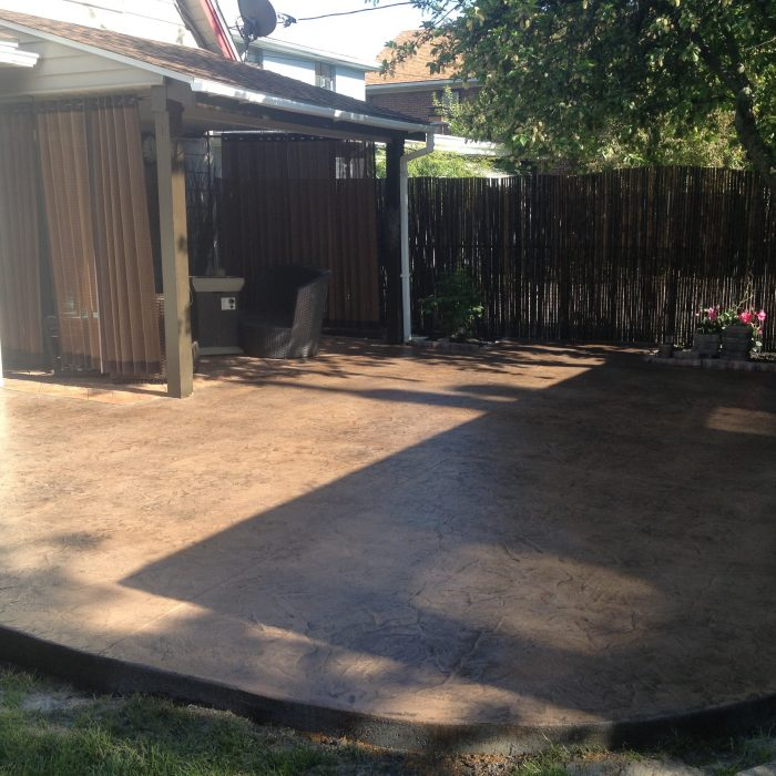 Seamless Concrete Stamp Patio / earth tone with charcoal release