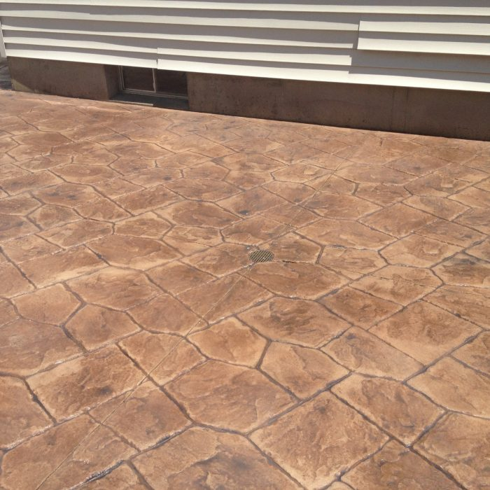 Stamped Concrete Pool Patio -castle random / trail dust / autumn brown release with light charcoal