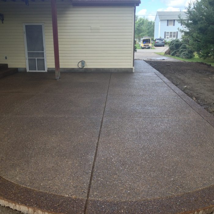 Exposed Aggregate Patio – Alden